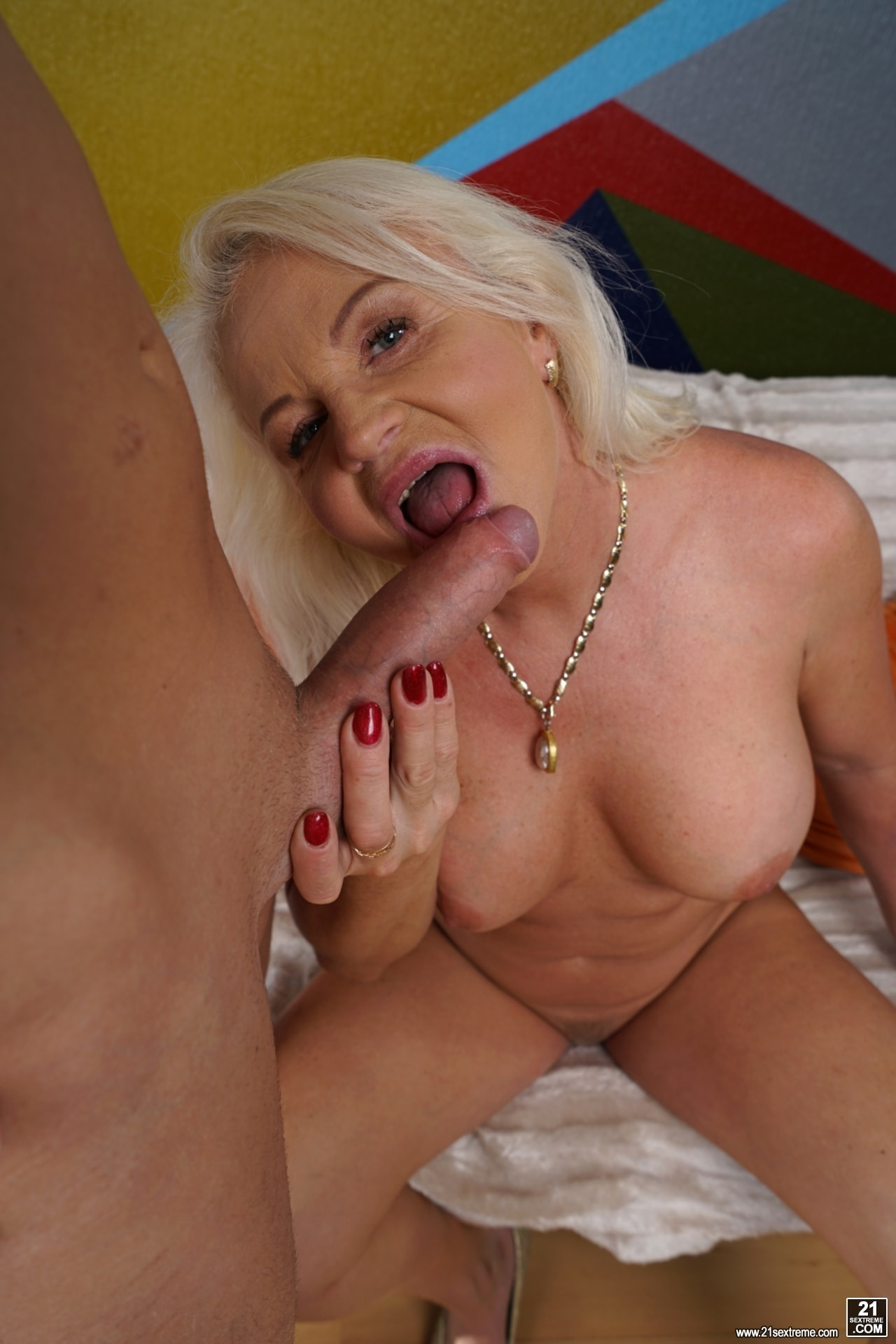 Lusty milf craves abuse in the sun 4
