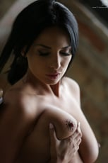 Anissa Kate - True to her Reflection (Thumb 88)