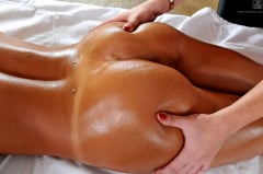 August Ames - Massage Threesome Part 1 (Thumb 40)