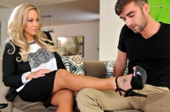 Olivia Austin - Bossy and Horny (Thumb 65)