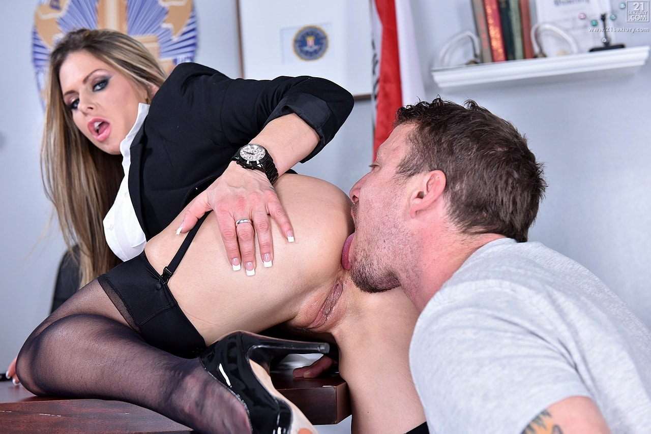 21Sextury 'The Woman Behind the Badge' starring Rachel Roxxx (photo 132)