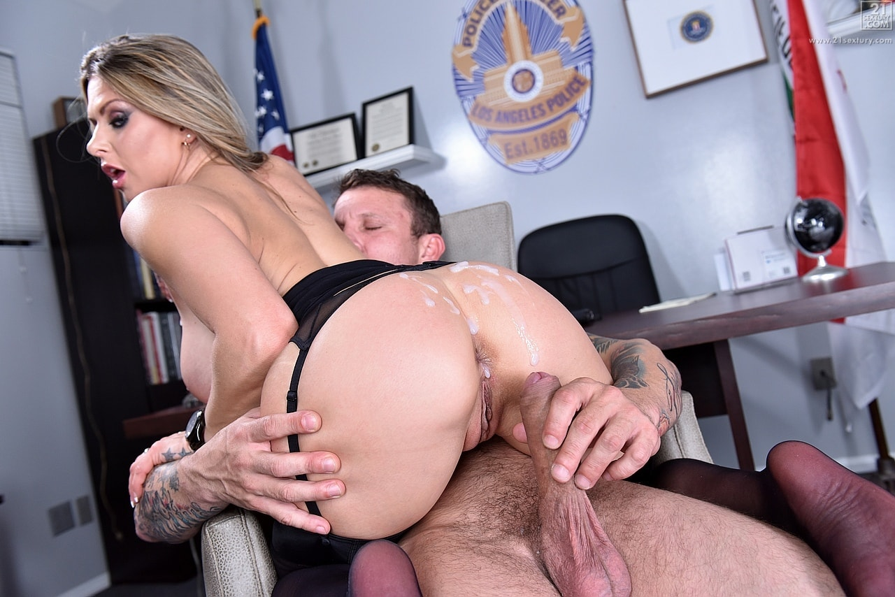 21Sextury 'The Woman Behind the Badge' starring Rachel Roxxx (photo 180)