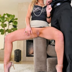 Abbey Brooks in '21Sextury' Sexy Housewife (Thumbnail 40)
