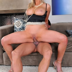 Abbey Brooks in '21Sextury' Sexy Housewife (Thumbnail 100)