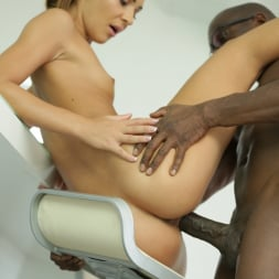 Alexis Brill in '21Sextury' Shades of Black (Thumbnail 120)