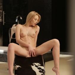 Alice Marshall in '21Sextury' Alice in Pleasureland (Thumbnail 110)