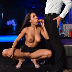 Amia Miley in '21Sextury' The source of all knowledge (Thumbnail 99)