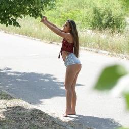 Amirah Adara in '21Sextury' Anal Worshipers (Thumbnail 10)