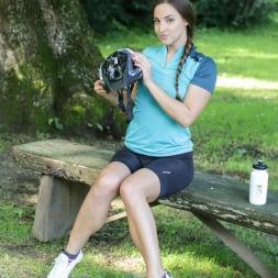 Amirah Adara in '21Sextury' Biking Pickup Services (Thumbnail 6)