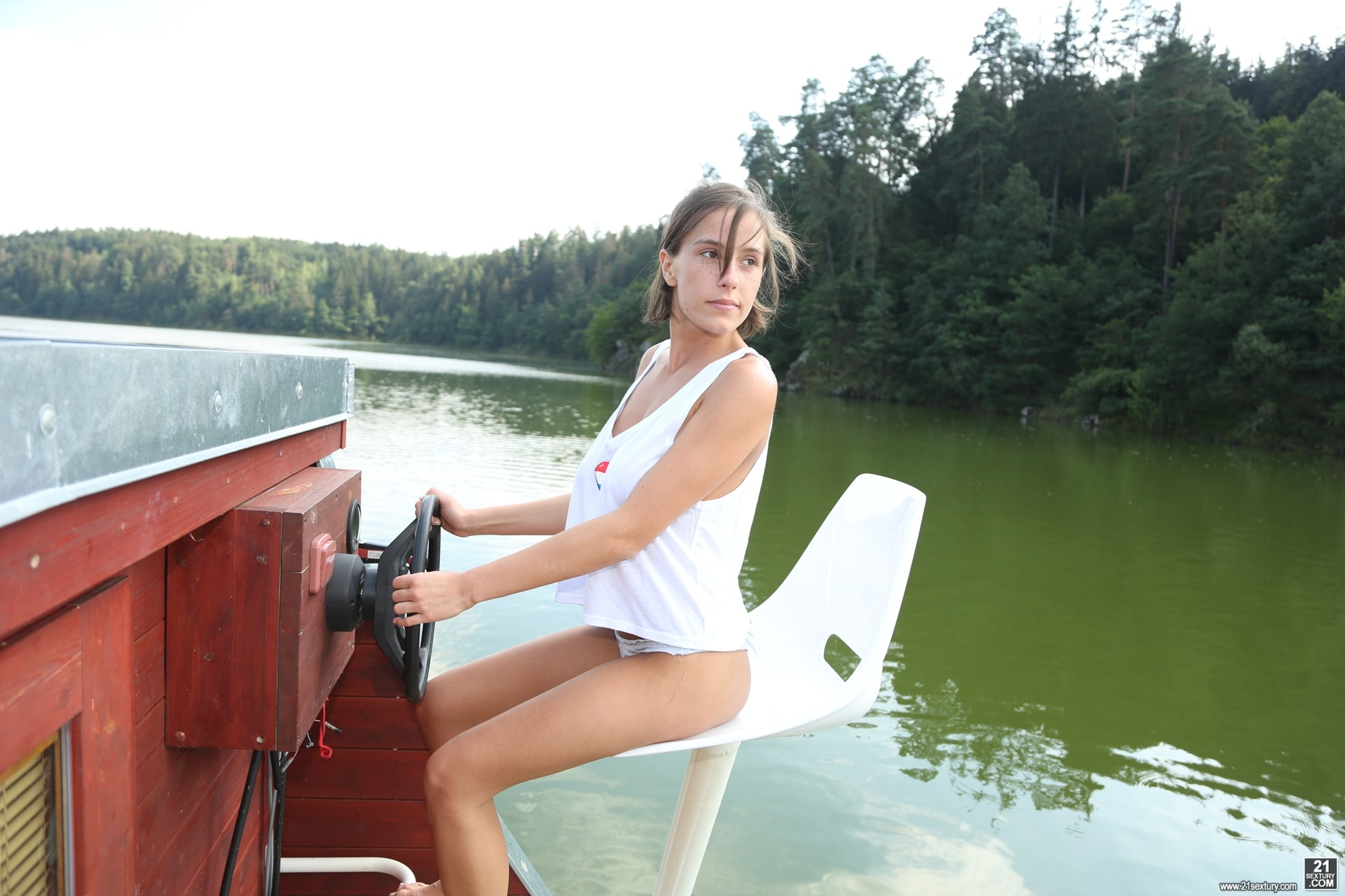 21Sextury 'Lady Of The Lake' starring Anabelle (Photo 1)