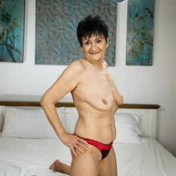 Anastasia in '21Sextury' Never Too Old (Thumbnail 6)