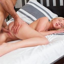 Angie Koks in '21Sextury' Blondie's Bedroom (Thumbnail 99)