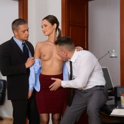 Angie Moon in '21Sextury' Sexy Assistant Gets DP (Thumbnail 57)