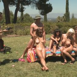 Annie Cruz in '21Sextury' Fresh Air and Racked Hotties (Thumbnail 192)
