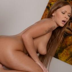 Ariel Temple in '21Sextury' Divas Love Massages (Thumbnail 247)