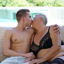 Astrid in '21Sextury' Lusty Granny's Poolside Fuck (Thumbnail 54)