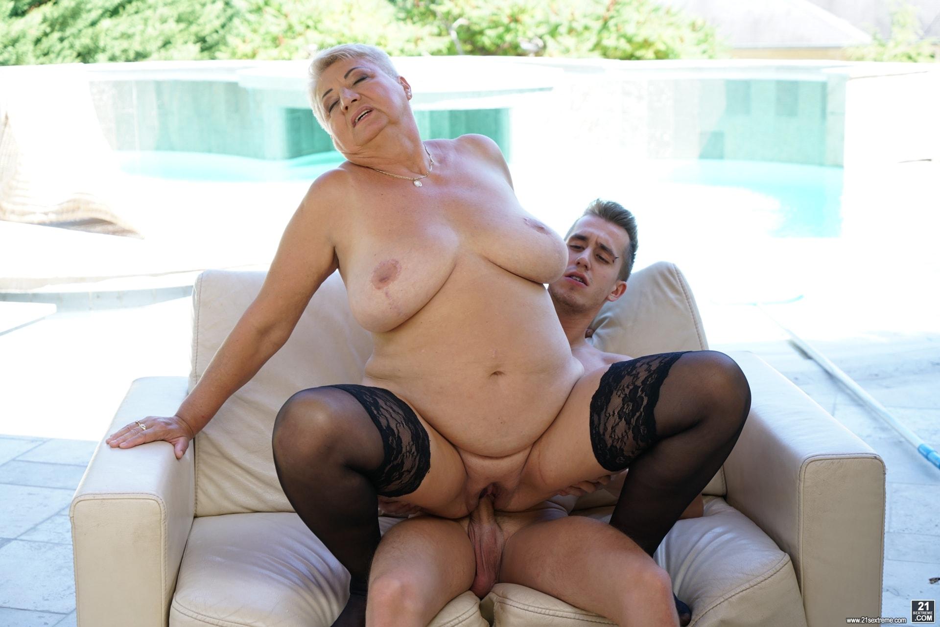 21Sextury 'Lusty Granny's Poolside Fuck' starring Astrid (Photo 144)