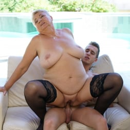 Astrid in '21Sextury' Lusty Granny's Poolside Fuck (Thumbnail 144)