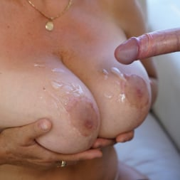 Astrid in '21Sextury' Lusty Granny's Poolside Fuck (Thumbnail 251)