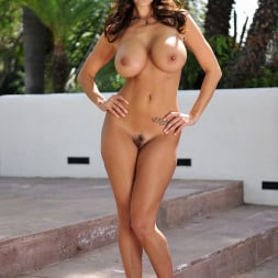 Ava Addams in '21Sextury' Lady Private Eye (Thumbnail 36)