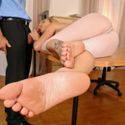 Bella Baby in '21Sextury' Bella Gets Cum On Her Foot Tattoo (Thumbnail 70)