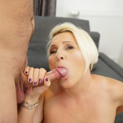 Bibi Pink in '21Sextury' Young Cock Craving (Thumbnail 78)