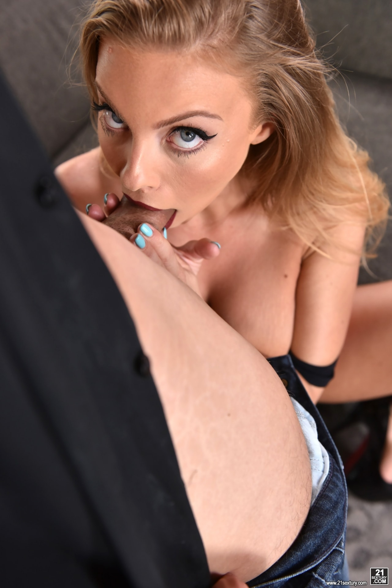 21Sextury 'The Red Dress' starring Britney Amber (Photo 150)