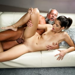Bunny Love in '21Sextury' Experienced Caress (Thumbnail 111)