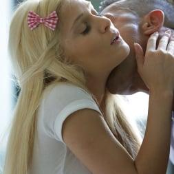 Candee Licious in '21Sextury' Footsie Teaser (Thumbnail 90)