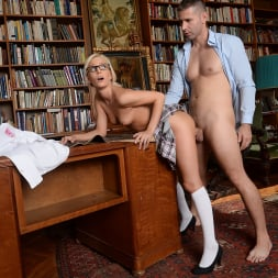 Candee Licious in '21Sextury' Let me clean your glasses! (Thumbnail 165)