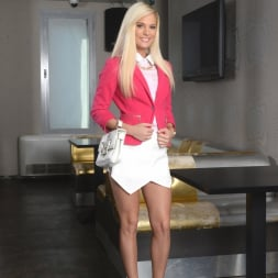 Candee Licious in '21Sextury' The Best Interview Ever (Thumbnail 1)
