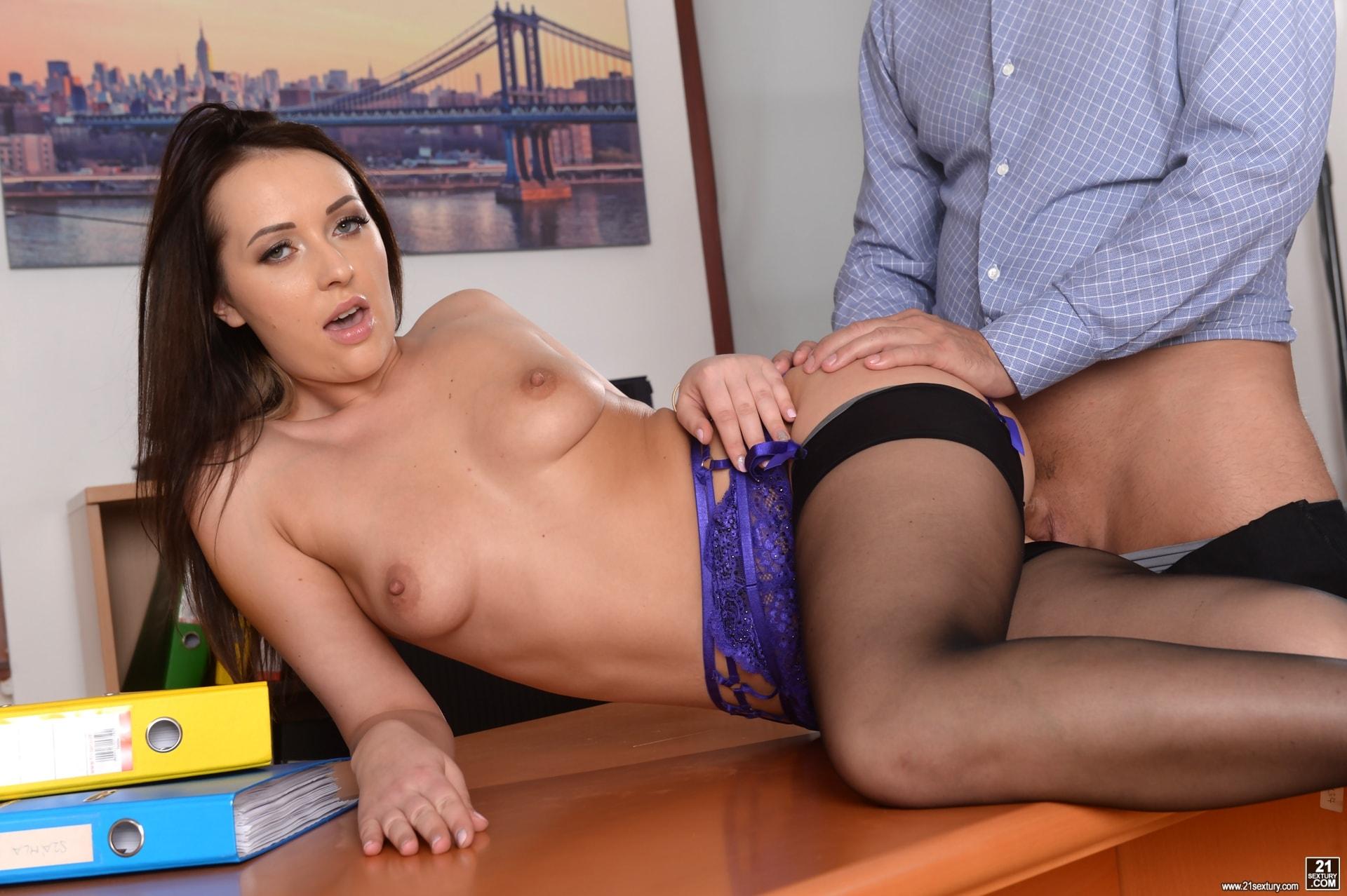 21Sextury 'Anal Secretary' starring Carolina June (Photo 110)