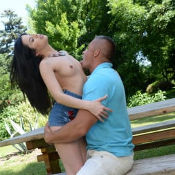 Cassie Right in '21Sextury' Breaking In The Backyard (Thumbnail 64)