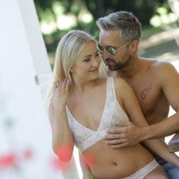 Cayla Lyons in '21Sextury' Outdoor Pleasures (Thumbnail 30)