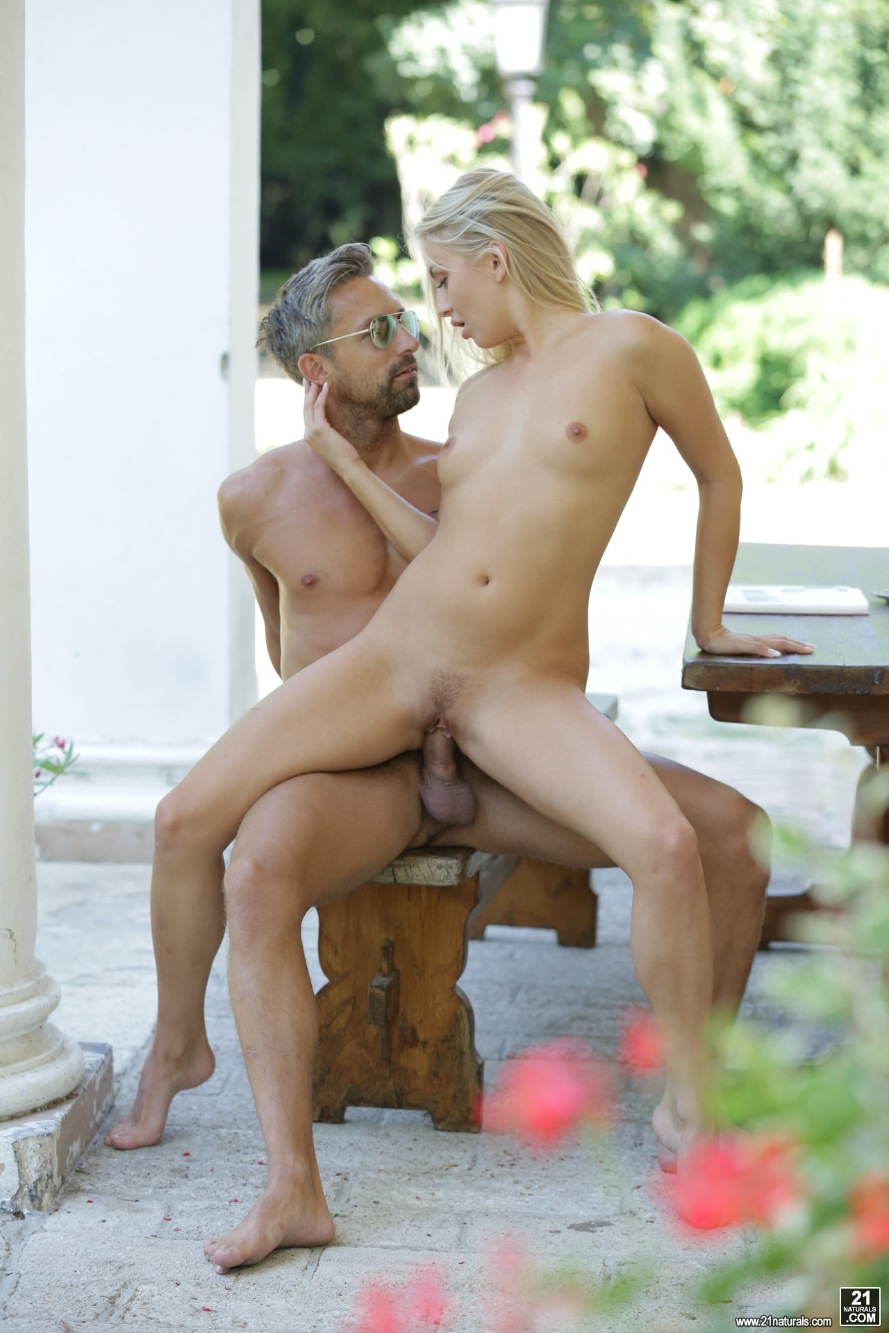 21Sextury 'Outdoor Pleasures' starring Cayla Lyons (Photo 90)