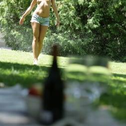 Cherry Kiss in '21Sextury' Ass Pounding Outdoor Picnic (Thumbnail 27)
