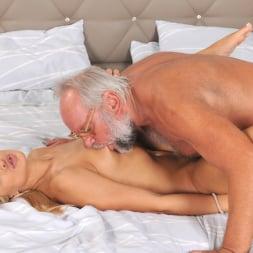 Cherry Kiss in '21Sextury' Dreaming of Grandpa (Thumbnail 228)