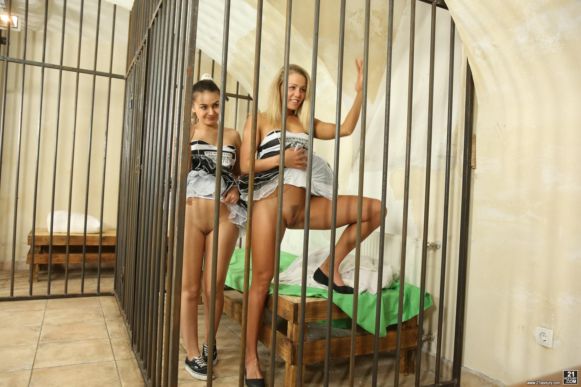 21Sextury 'High Frisk Prisoners' starring Christen Courtney (Photo 7)