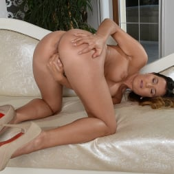 Cindy Loarn in '21Sextury' Cindy's Personal Show (Thumbnail 72)