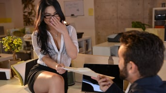 Cindy Starfall in 'The Star of the Office'