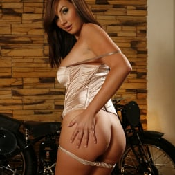 Connie Carter in '21Sextury' Lusty Busty Connie Carter (Thumbnail 26)