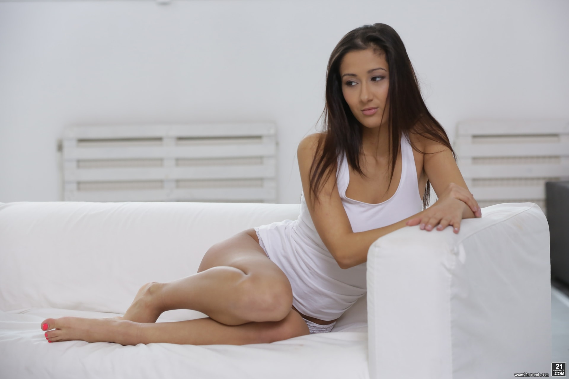 21Sextury 'Morning Sex Routine' starring Darcia Lee (Photo 8)