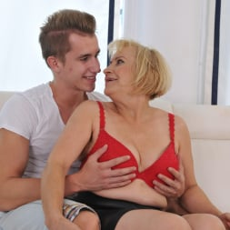 Dolly Blonde in '21Sextury' Granny's Anal Pleasures (Thumbnail 56)
