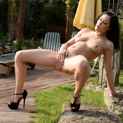Dolly Diore in '21Sextury' Horny Dolly (Thumbnail 120)