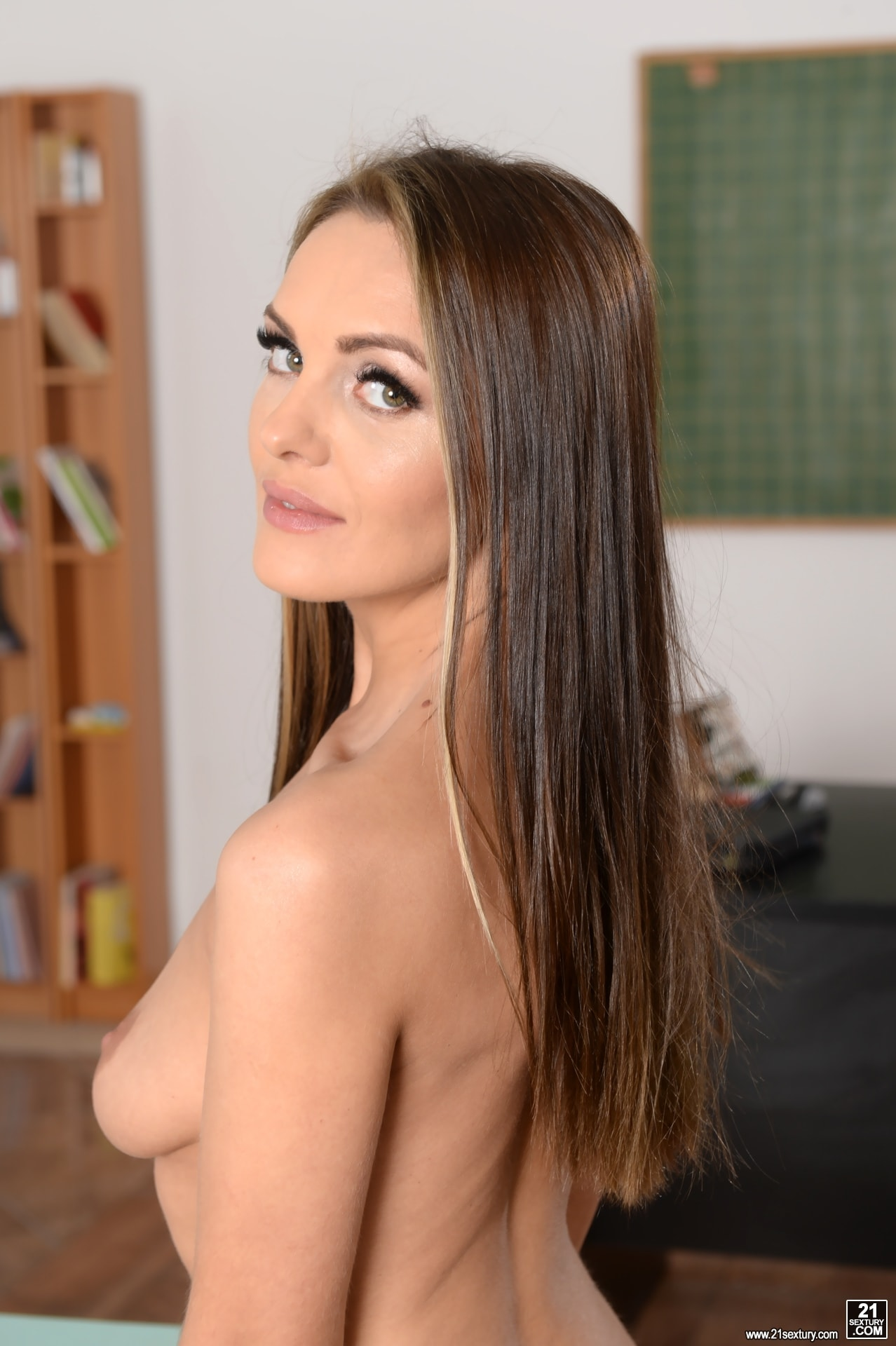 21Sextury 'Lessons In Anal Sex' starring Dominica Fox (Photo 55)