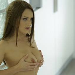 Dominica Phoenix in '21Sextury' Craving Attention (Thumbnail 25)