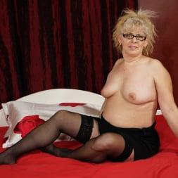 Elza in '21Sextury' Naughty Granny's Sexual Pleasures (Thumbnail 1)