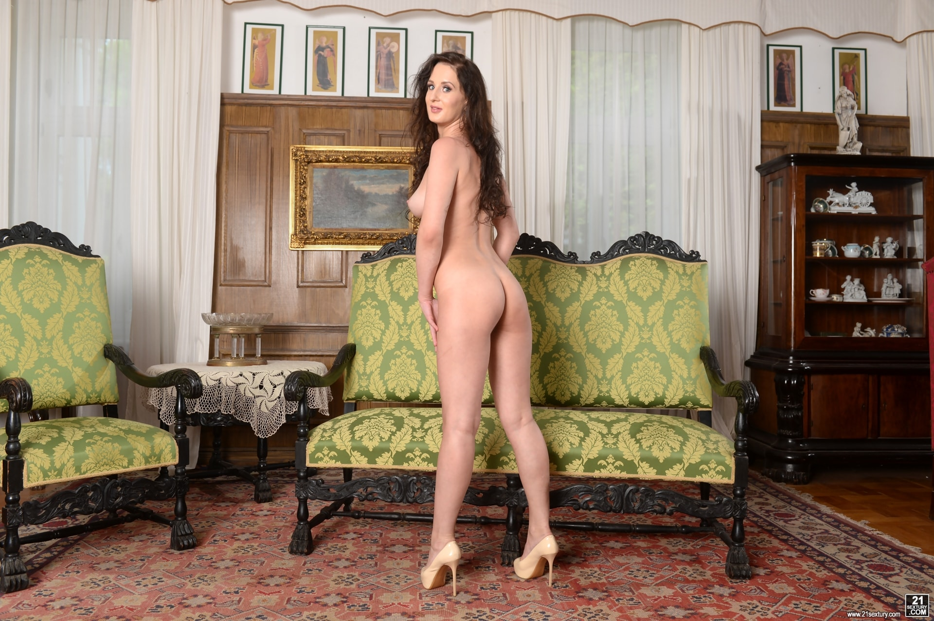 21Sextury 'Never Too Shy For a DP' starring Emily Ross (Photo 16)