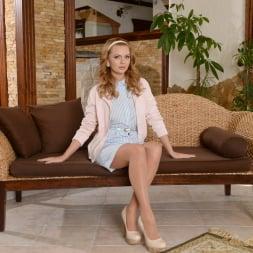 Emily Thorne in '21Sextury' Keep the Kitchen Clean (Thumbnail 1)