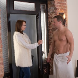 Emily Thorne in '21Sextury' Spreading the Love (Thumbnail 1)